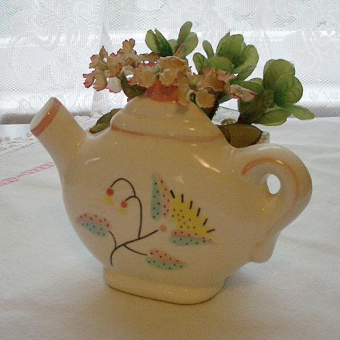 TeapotWallPocket