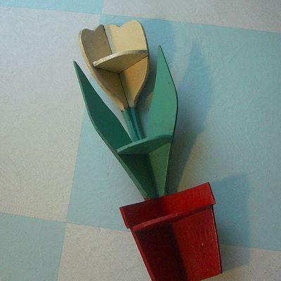 TulipShelf1