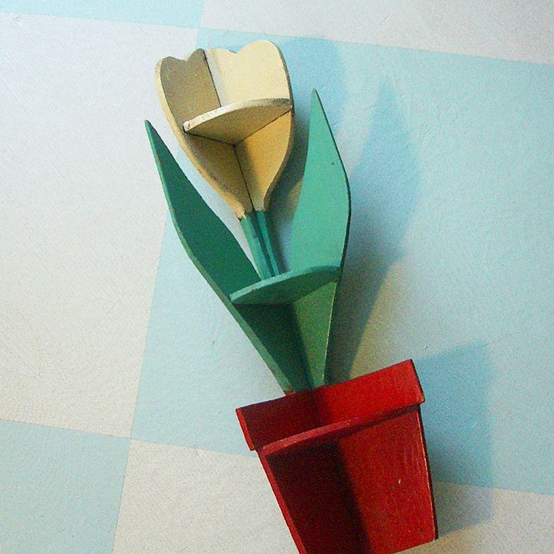 TulipShelf
