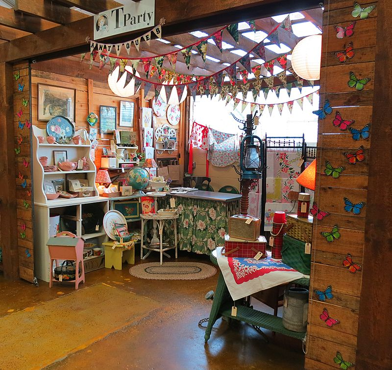 SoNo Marketplace T-Party Antiques Booth