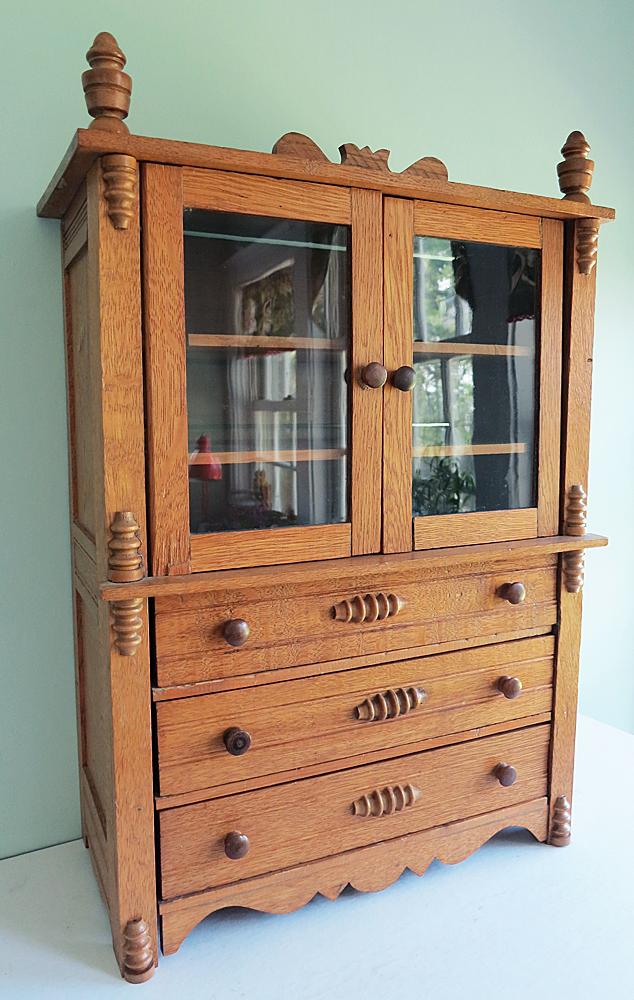 Child Cabinet2
