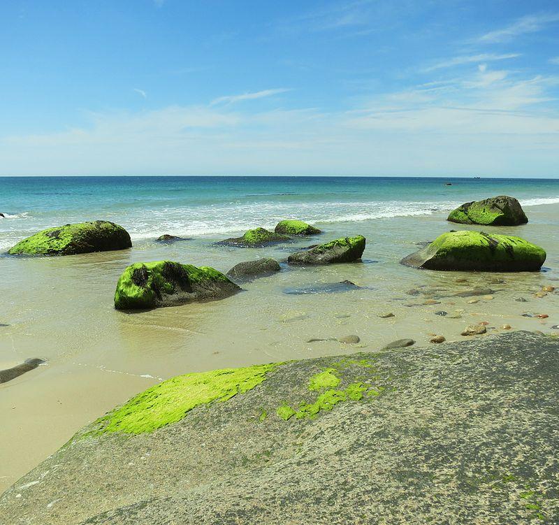 Moshup Beach Rocks