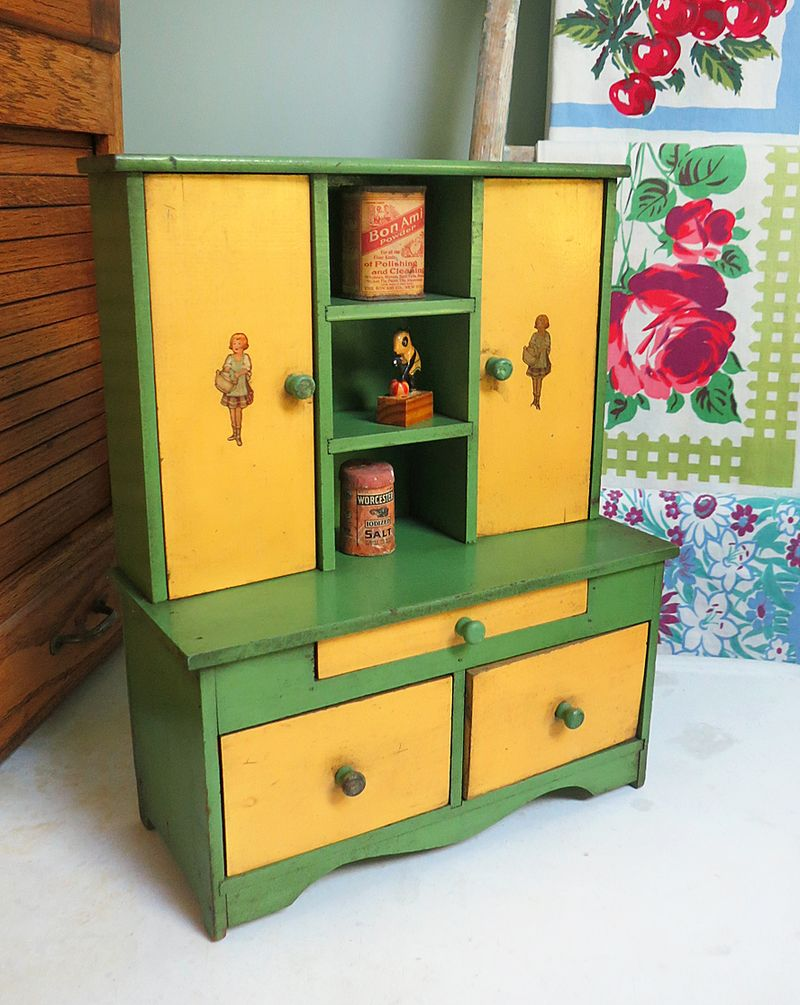 Toy Stepback Cupboard