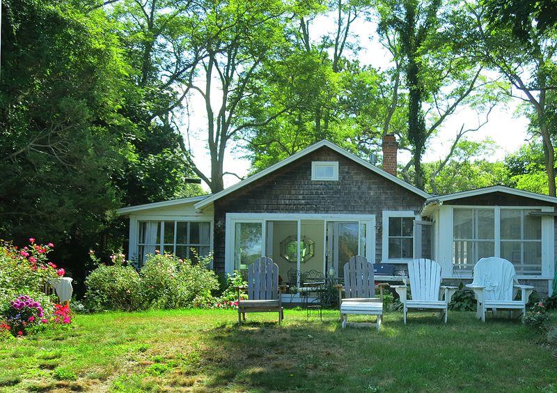 Seashell Cottage 1