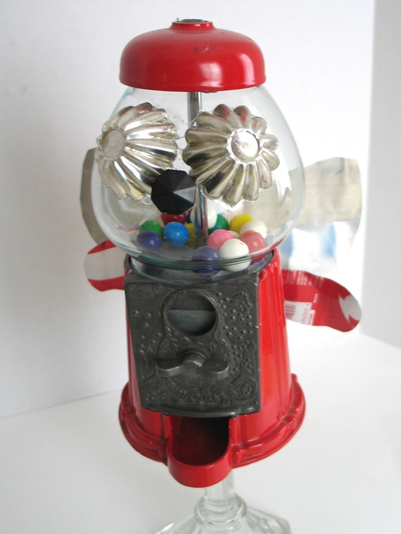 Artbot, Assemblage Robot, Baby Bubble Bee, upcycled artbot created by Jessica Ramey