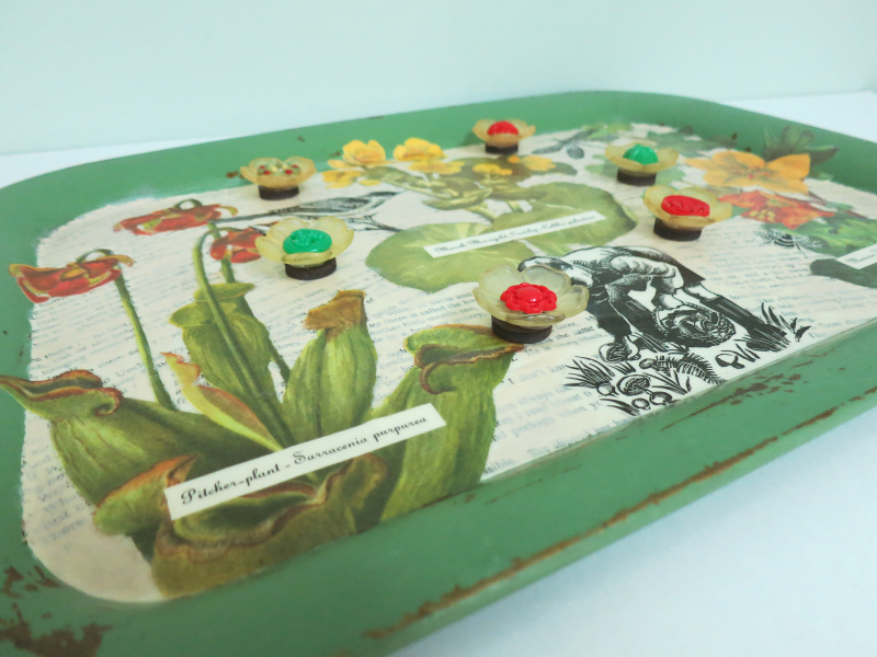 T-Party Antiques Wildflower tray 7
