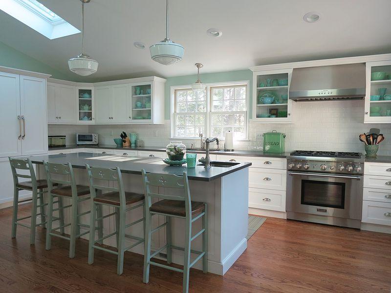 Borgen  Cottage Kitchen