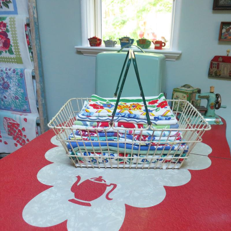 Tablecloth Basket