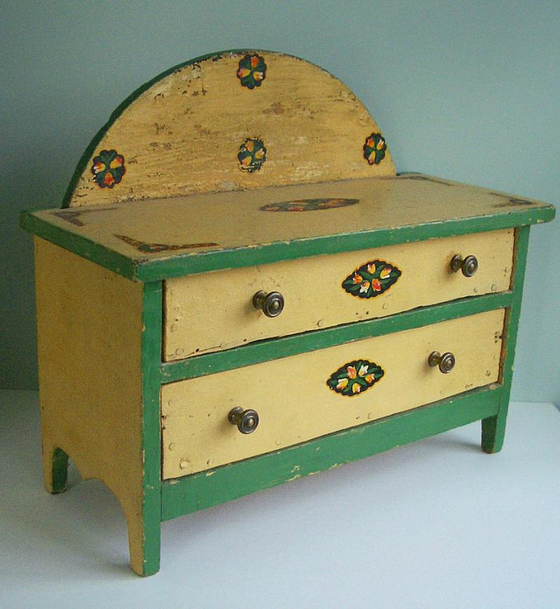 Doll Dresser Fave