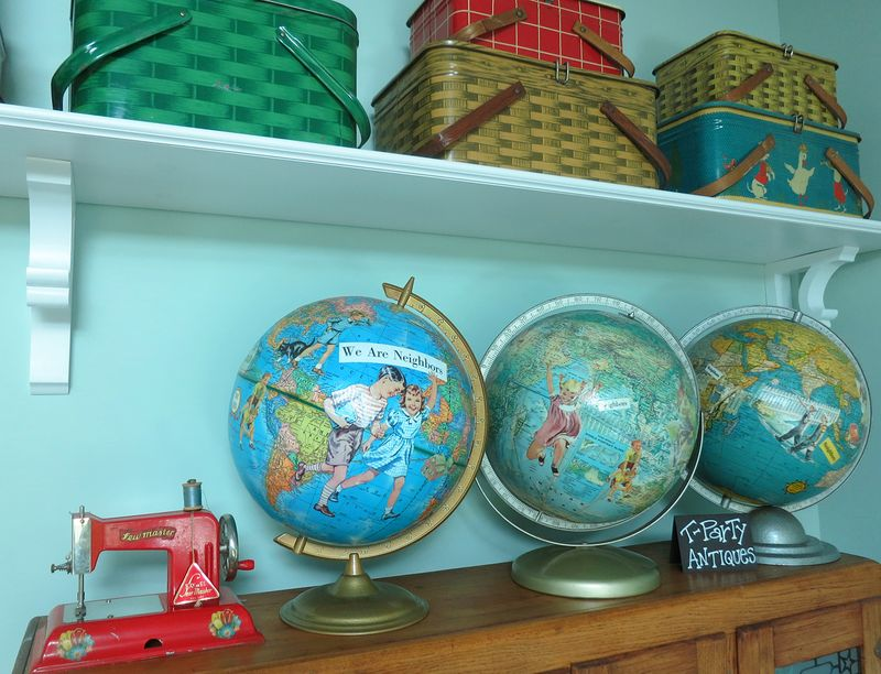 T-Party Antiques - My Three Globes