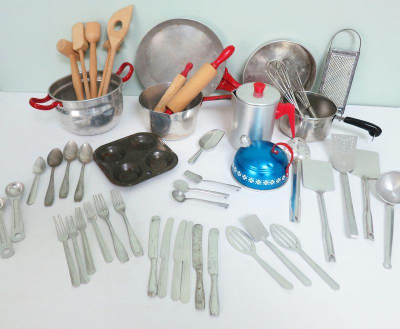 Toy Kitchenware 1