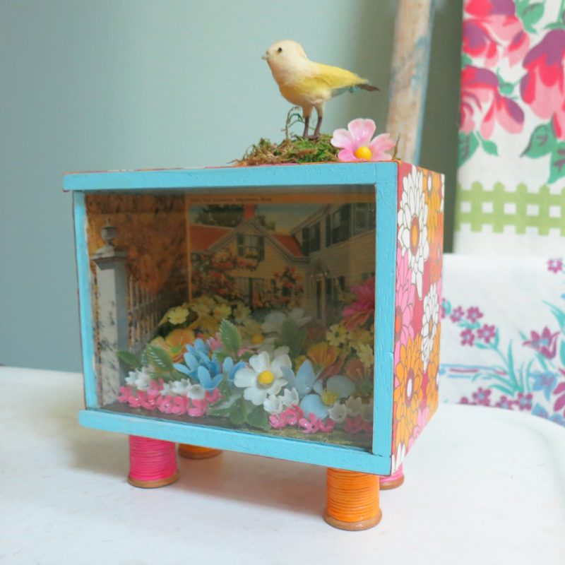 T-Party Antiques garden shadowbox 1