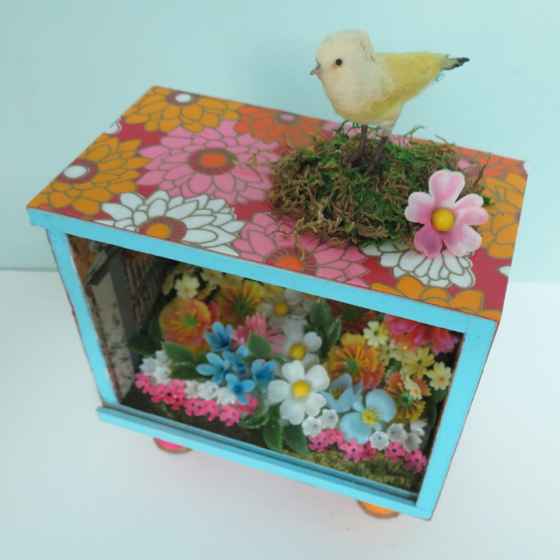 T-Party Antiques garden shadowbox 4