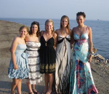 Fivepromgirls