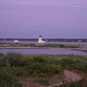 Lighthouseinpurple