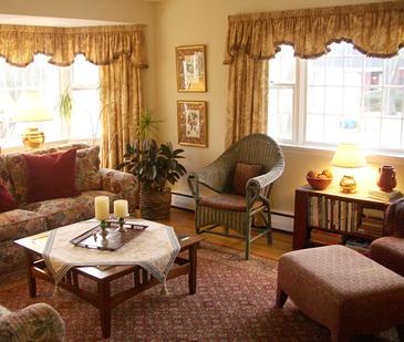 Livingroomview2